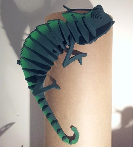 camaleon goma eva verde oscuro 451x500